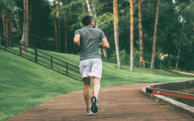 Chạy bộ tăng khả năng cai thuốc lá